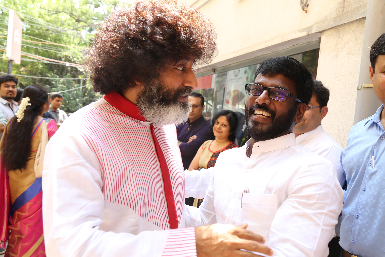 Mr.Kathiaravan Venu with Mahatria