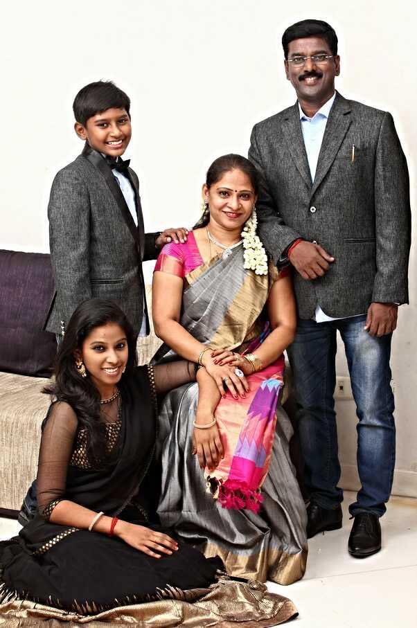 KV Kathiravan Family